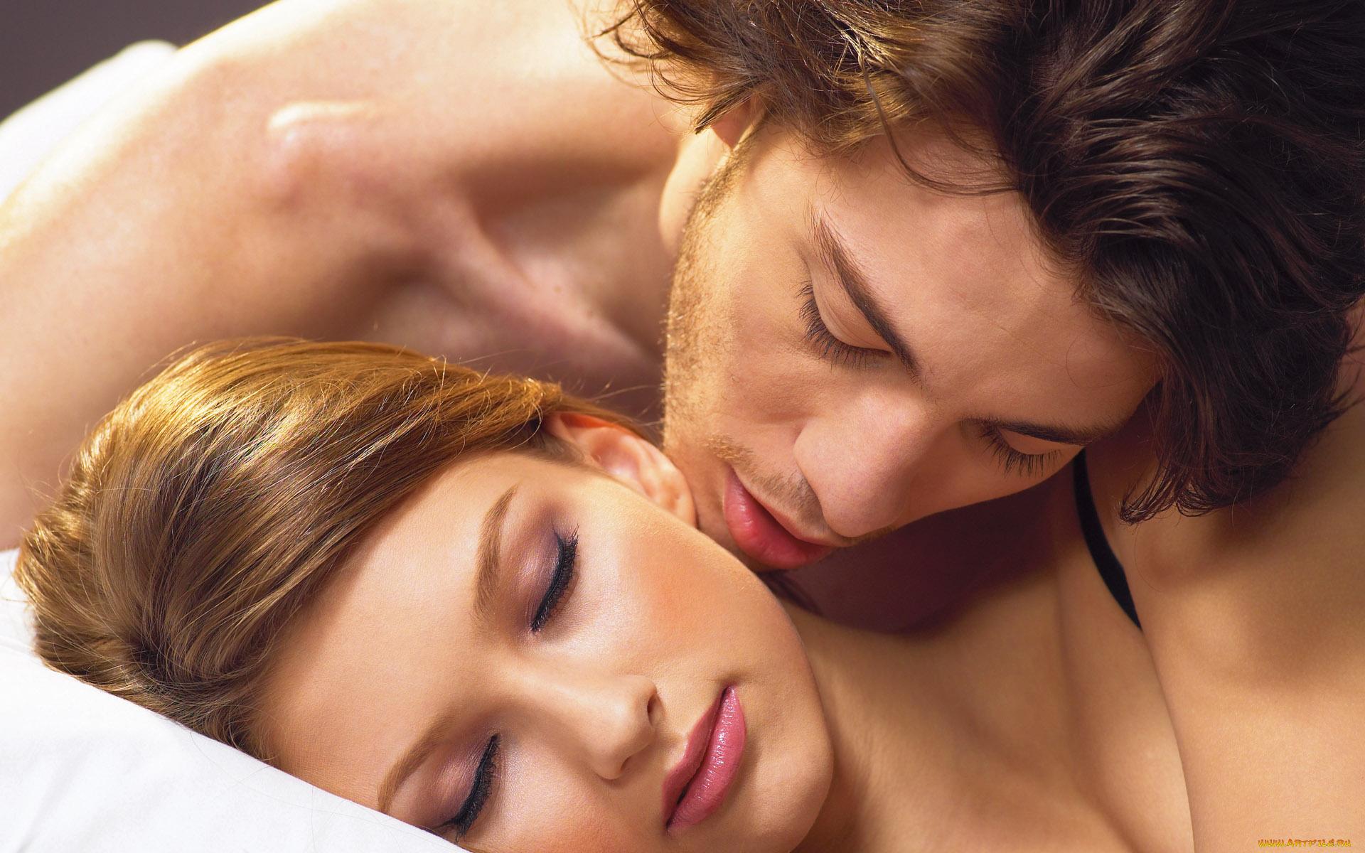 женские видео смотреть поцелуи