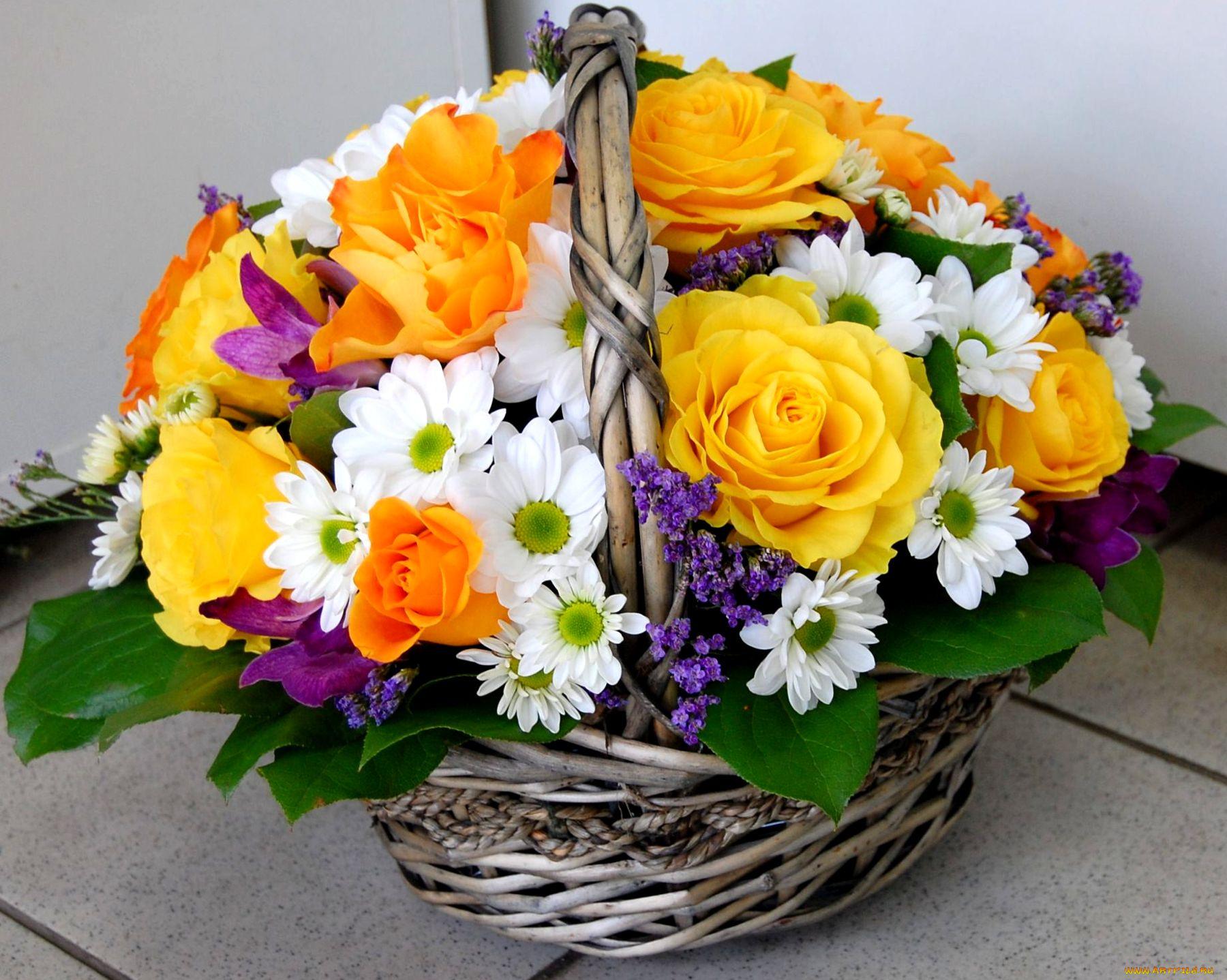 Букет номинации, букет цветов корзинка фото