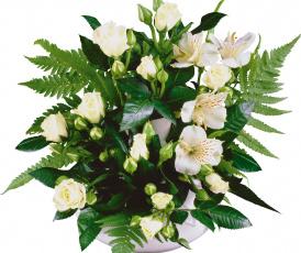 Картинка цветы букеты композиции розы альстьмерия папоротник