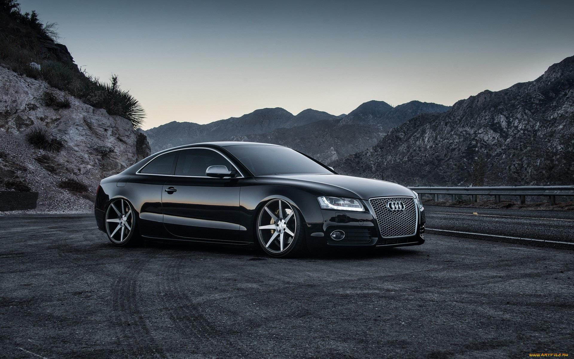 черный автомобиль Audi RS 5  № 3425099  скачать