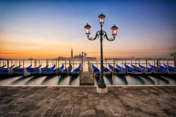 обоя sunrise in venice, корабли, лодки,  шлюпки, рассвет