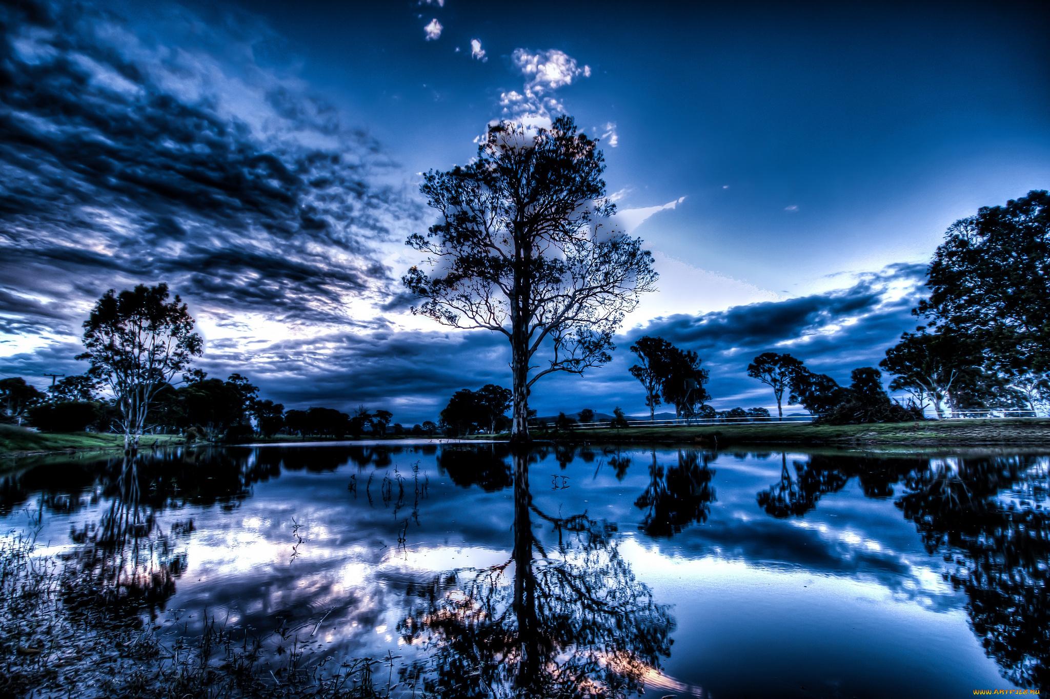 природа отражение вечер деревья корабли скачать