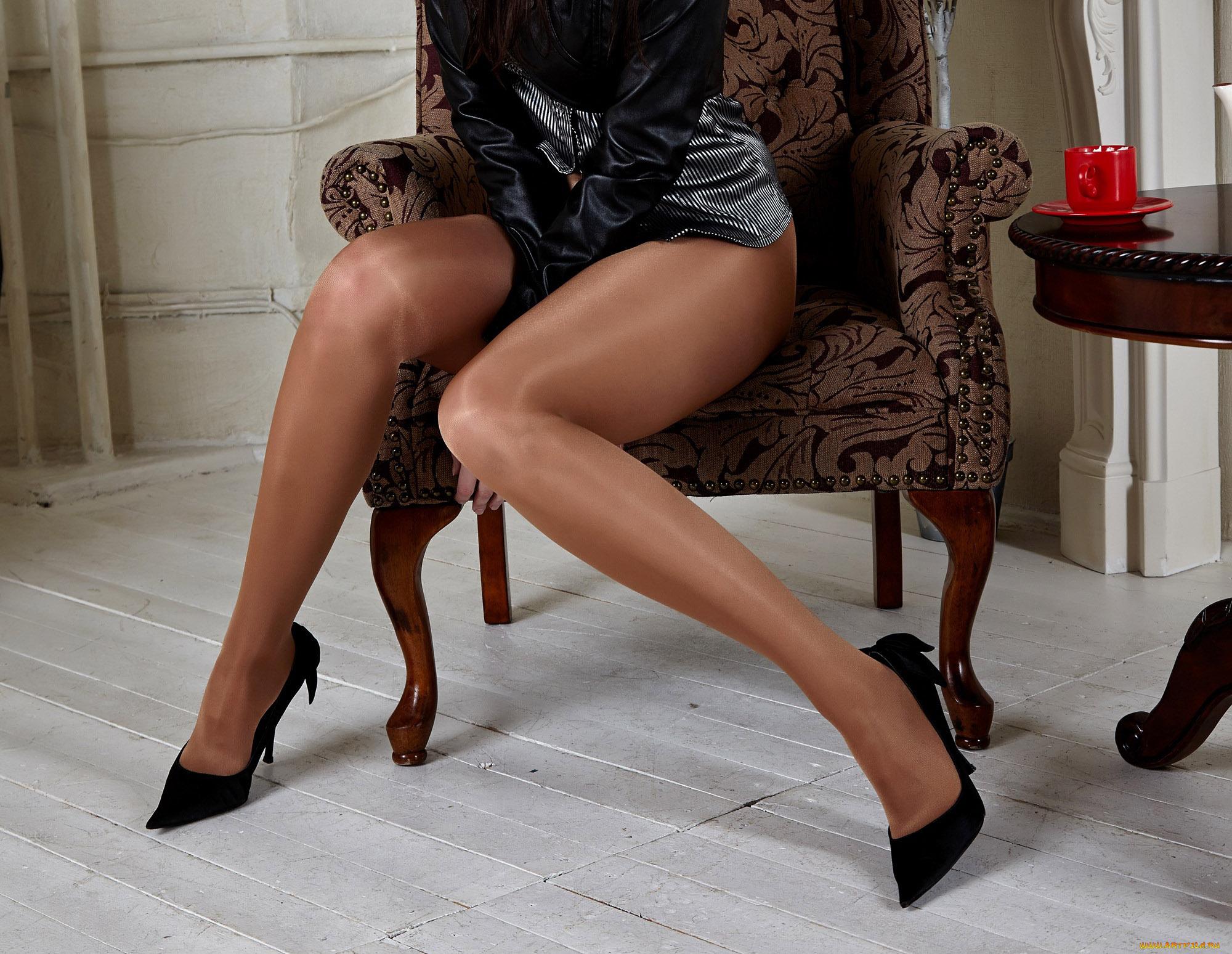 Фото девушки ноги на шпильках, Высокие каблуки порно, фото секса с девушками на 24 фотография