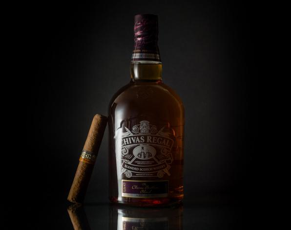 Обои картинки фото бренды, chivasregal, виски