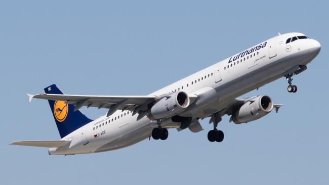 Обои картинки фото airbus 321, авиация, пассажирские самолёты, авиалайнер