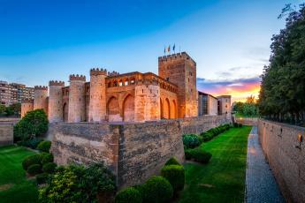 обоя aljaferia palace, города, - дворцы,  замки,  крепости, дворец