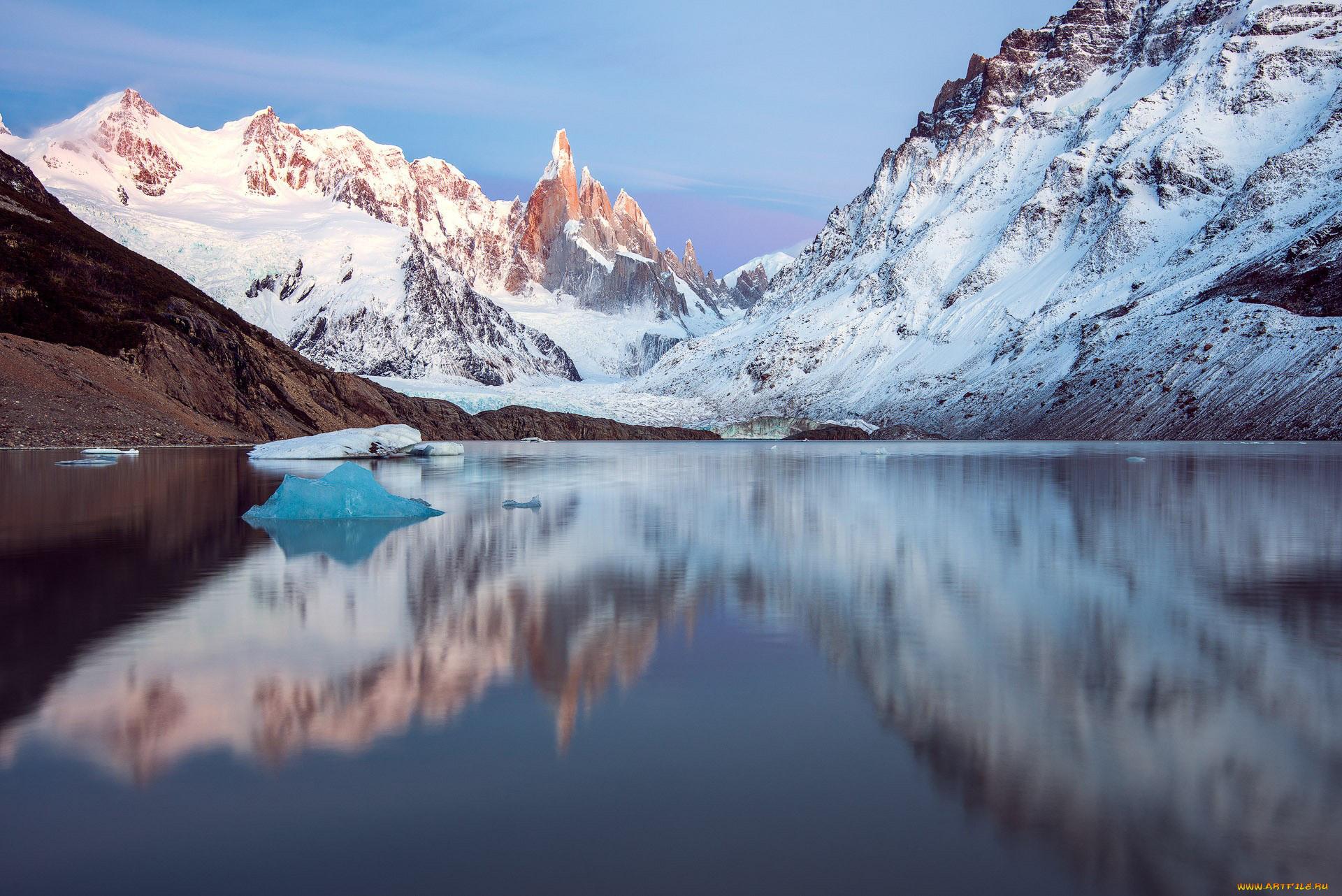 озеро горы снег  № 2476813 без смс