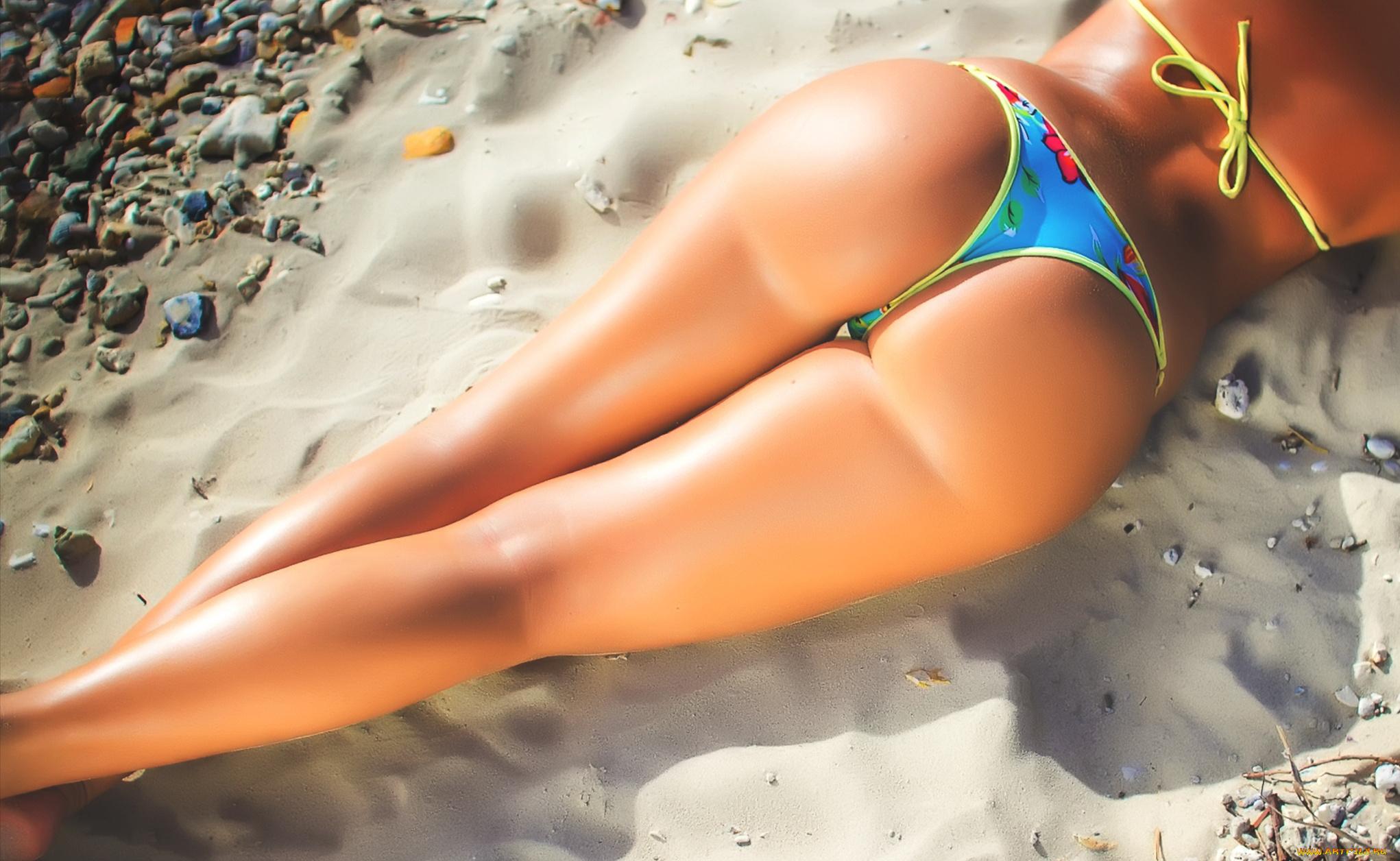erotika-plyazh-bikini