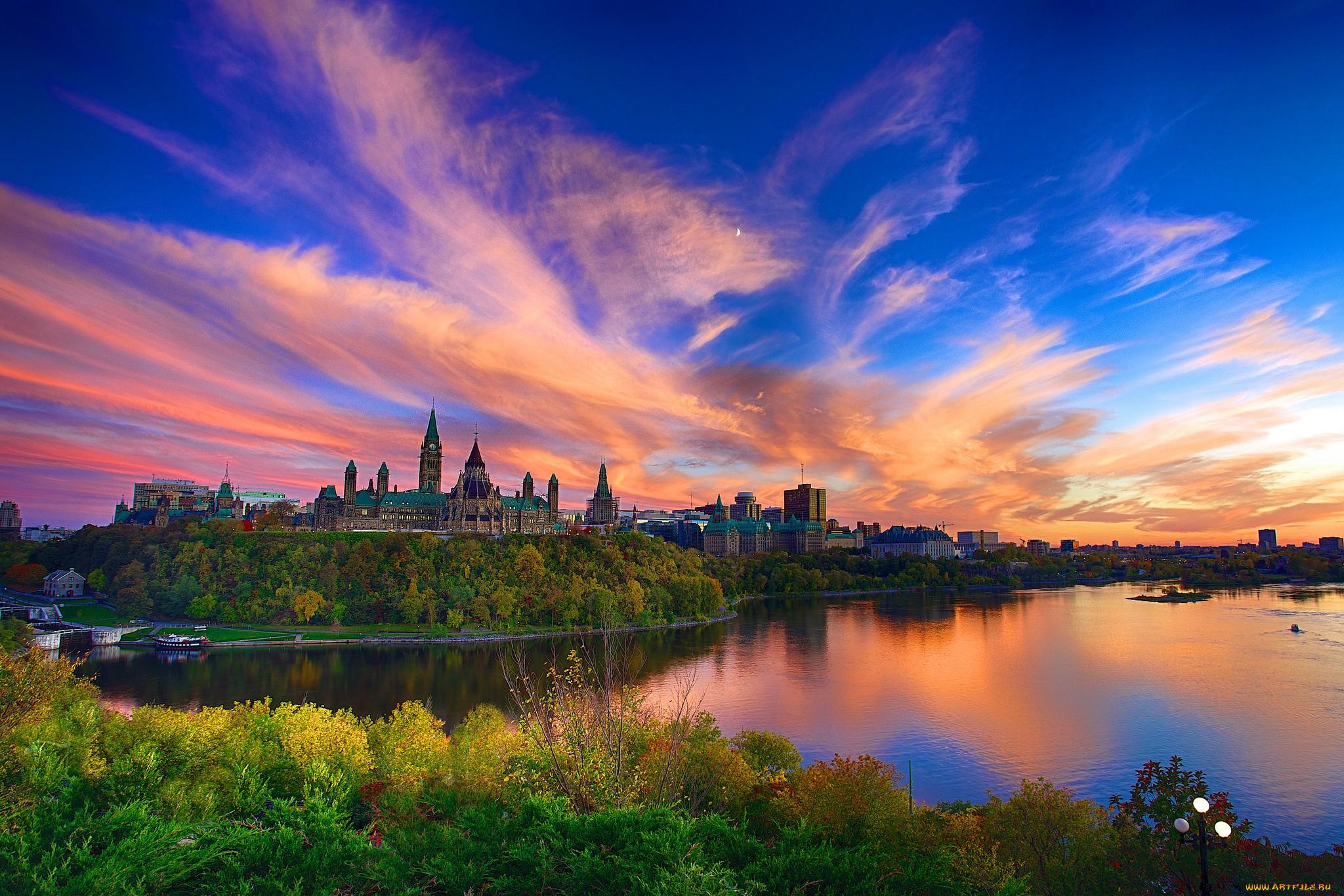 Parliament Building, Ontario, Canada  № 932283 бесплатно