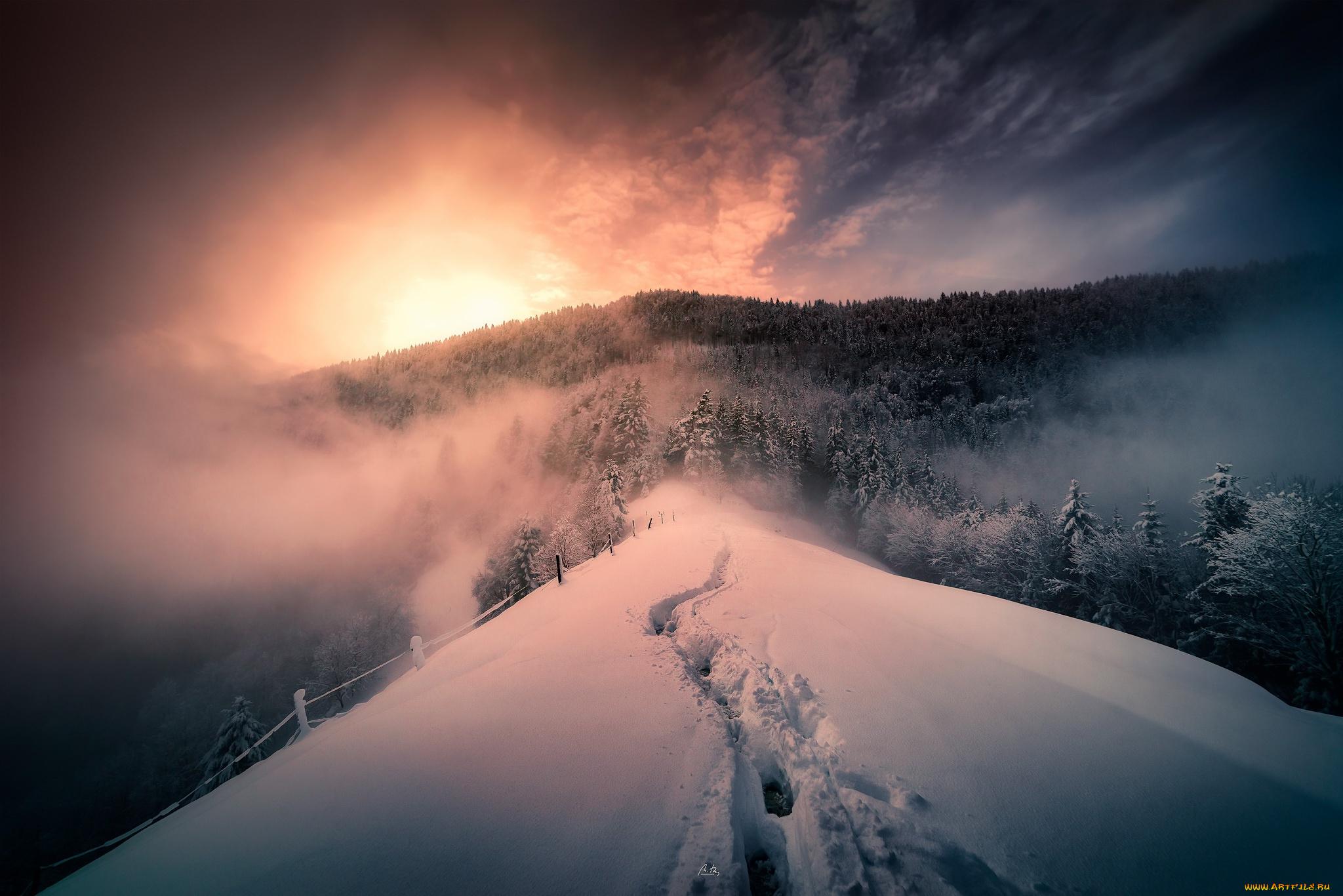 снег горы туман snow mountains fog  № 1146731 загрузить