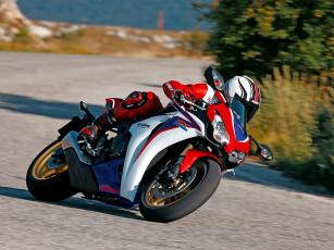 Картинка мотоциклы honda cbr