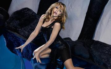 обоя девушки, -unsort , блондинки, блондинка, модель, актриса, певица, зеркальный, пол, камни, декорации, отражение, платье, кайли, миноуг, kylie, minogue