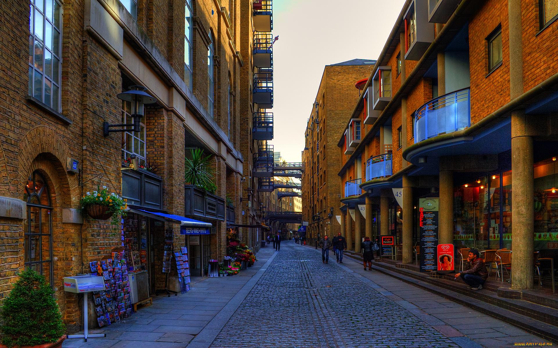 купить себе широкоформатное фото городских улиц как говорят