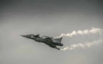 Картинка авиация боевые самолёты дым