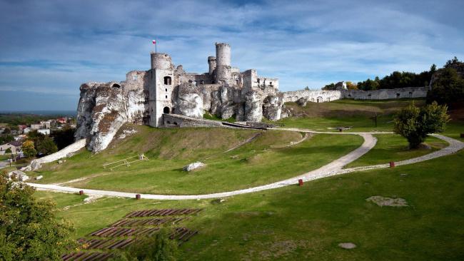 Обои картинки фото ogrodzieniec castle, города, замки польши, ogrodzieniec, castle