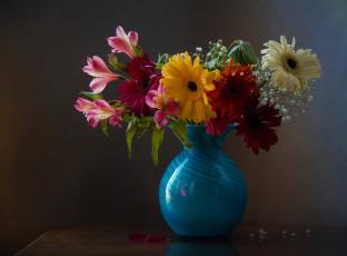 обоя цветы, букеты,  композиции, букет, герберы, ваза