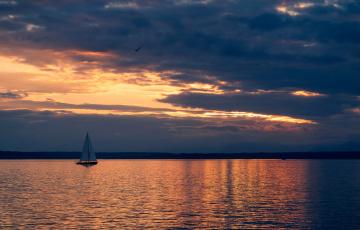 Картинка корабли Яхты море закат парус