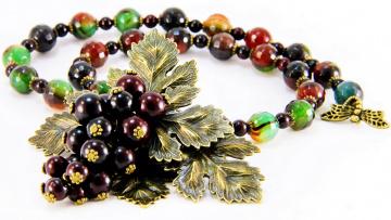Картинка разное украшения +аксессуары +веера ожерелье бусы бижутерия серьги украшение фон