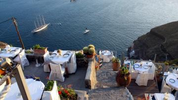 обоя интерьер, кафе,  рестораны,  отели, терраса, сервировка, столики, залив, яхта