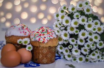 обоя праздничные, пасха, яйца, куличи, воскресение, хризантемы, весна, цветы