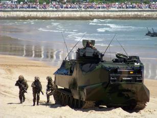 Картинка машина амфибия техника военная бронетехника aav7