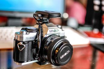 обоя minolta x500, бренды, бренды фотоаппаратов , разное, фотокамера