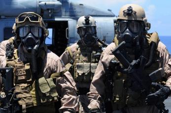 Картинка оружие армия спецназ солдат шлем