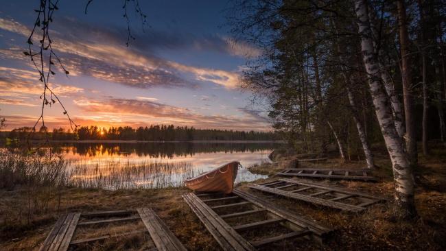 Обои картинки фото корабли, лодки,  шлюпки, финляндия, закат, озеро, берег, лодка