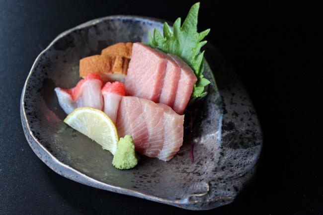 Обои картинки фото еда, рыба,  морепродукты,  суши,  роллы, деликатесы