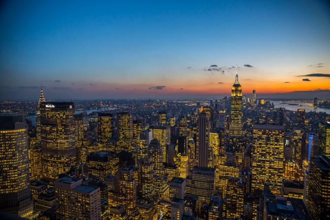Обои картинки фото города, нью-йорк , сша, соединенные, штаты, огни, нью-йорк, wtc, манхэттен, эмпайр, стейт, билдинг, небоскребы, сумерки, 1, крайслер-билдинг, облака, one, world, trade, center