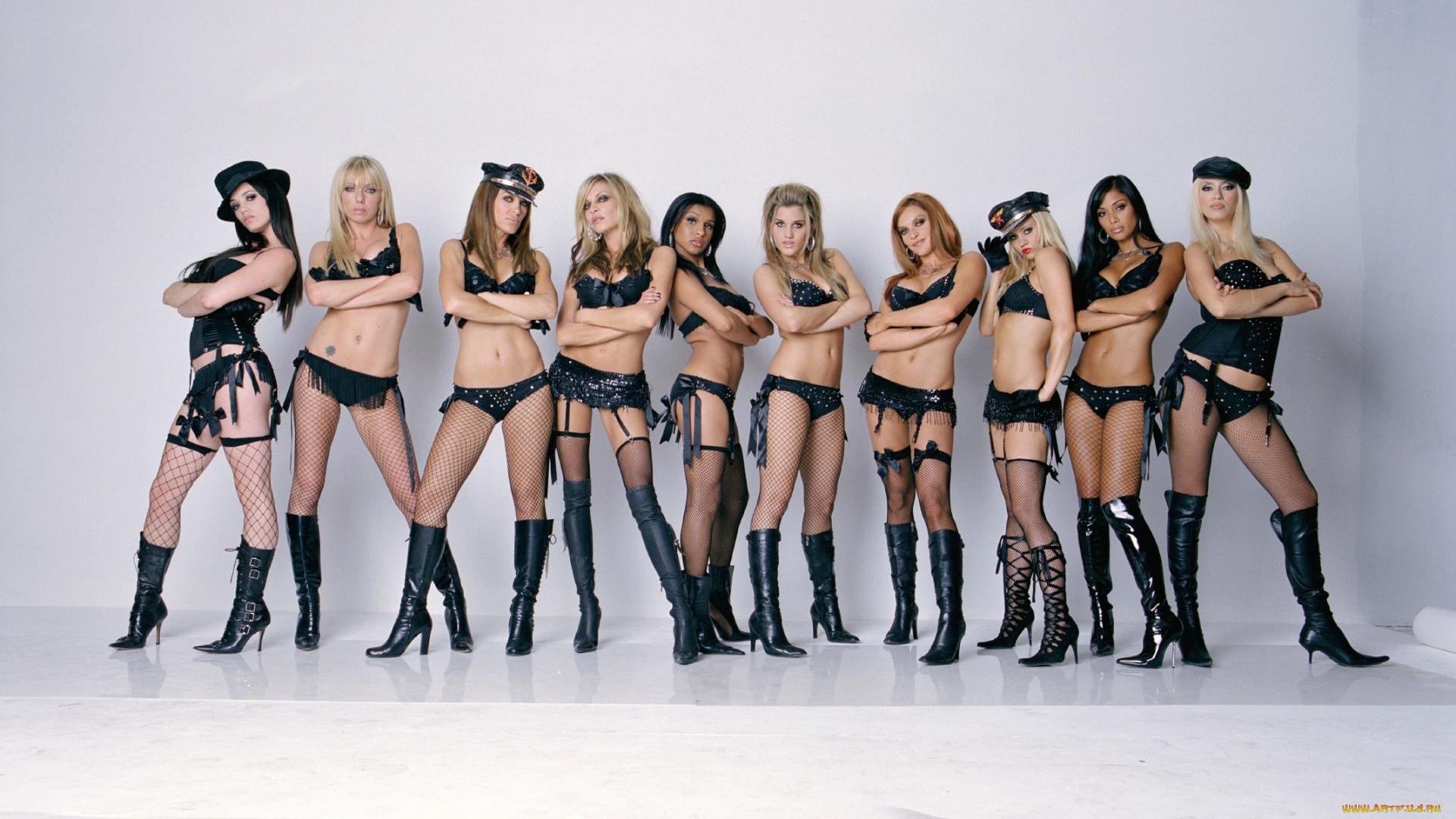 Group photo nude