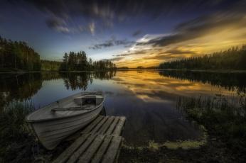 Картинка корабли лодки +шлюпки река лес утро лодка
