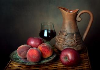 обоя еда, натюрморт, персики, лето, лоза, кувшин, каберне, яблоки