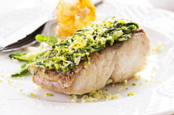 Картинка еда рыба морепродукты суши роллы зелень