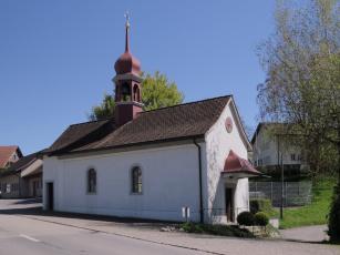 обоя города, - католические соборы,  костелы,  аббатства, храм