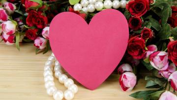 обоя праздничные, день святого валентина,  сердечки,  любовь, бусы, розы, сердце