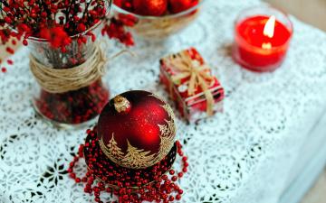 обоя праздничные, - разное , новый год, свеча, шарик, бусы