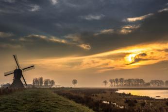 Картинка разное мельницы поле ветряк свет река тучи
