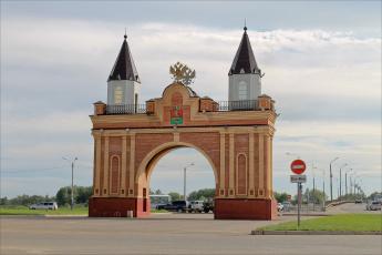 обоя канск, города, - исторические,  архитектурные памятники, арка