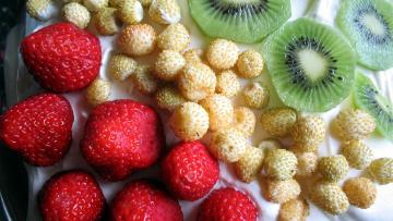 обоя еда, фрукты,  ягоды, земляника, клубника, киви