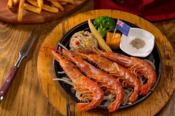 обоя еда, рыба,  морепродукты,  суши,  роллы, овощи, морепродукты, креветки