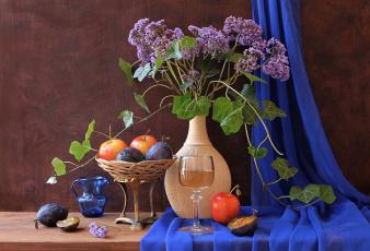 Картинка еда натюрморт яблоки сливы бокал цветы