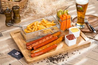 обоя еда, разное, картошка, фри, соус, пиво, колбаски, овощи