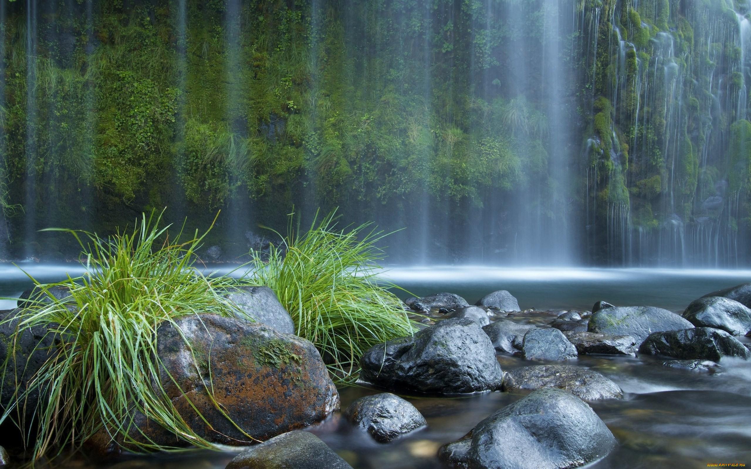 Водопад по камням  № 1869749 загрузить