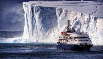 обоя корабли, теплоходы, айсберг, арктика, судно, лед, море