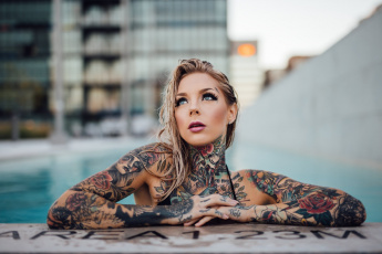 Картинка девушки -unsort+ блондинки девушка макияж синие глаза татуировки модель блондинка
