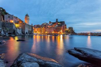 Картинка города -+огни+ночного+города италия вернацца cinque terre vernazza
