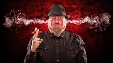 Картинка юмор+и+приколы шляпа борода острый перец дым