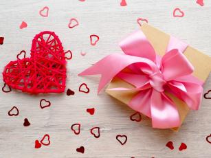 Картинка праздничные подарки+и+коробочки подарок цветы бант коробка