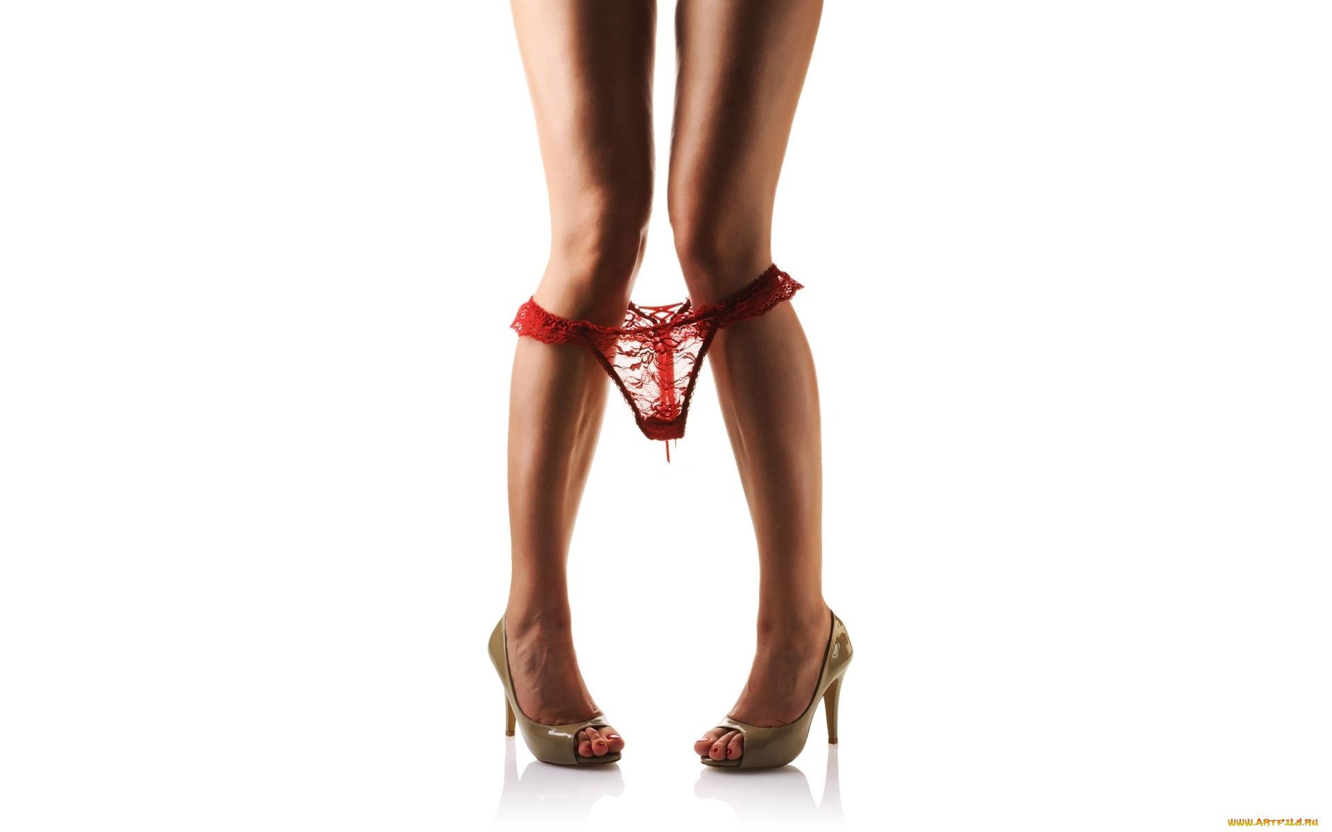 снял женские ножки